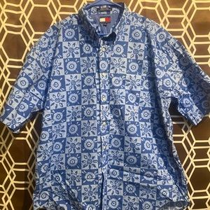 Tommy Hilfiger Casual Button Down Size XL